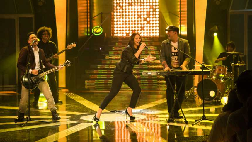Hit-La Canción- Rosa López interpreta 'Me da igual' junto a Alfonso y David