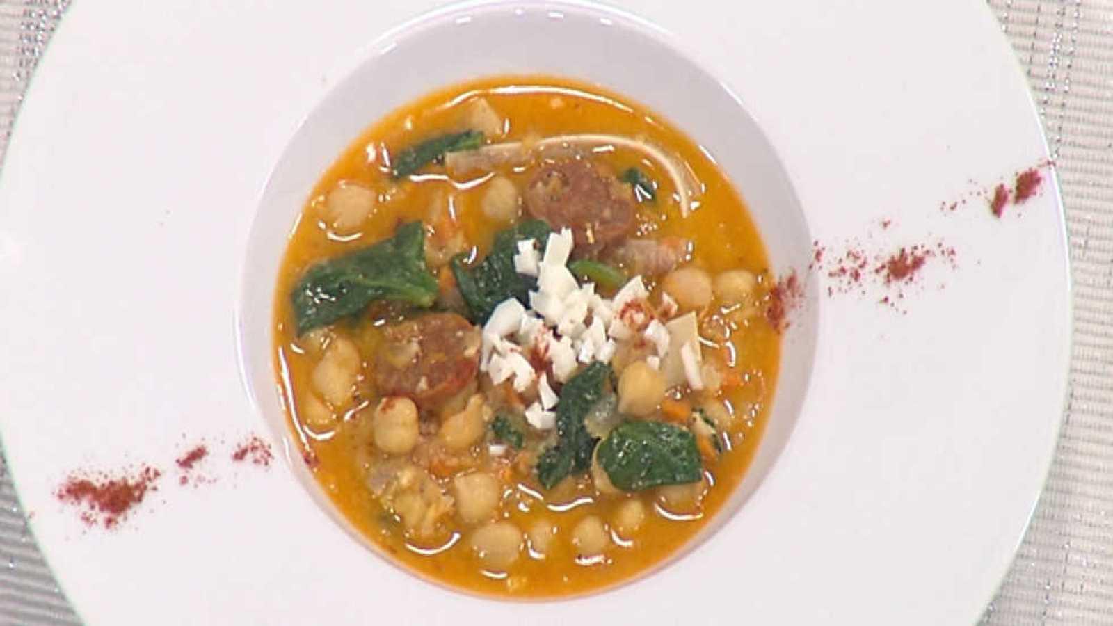 Cocina con sergio potaje de garbanzos con oreja y - Cocina con sergio pepa ...