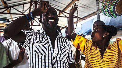 Augustine se contagió de ébola cuando combatía la enfermedad en Sierra Leona