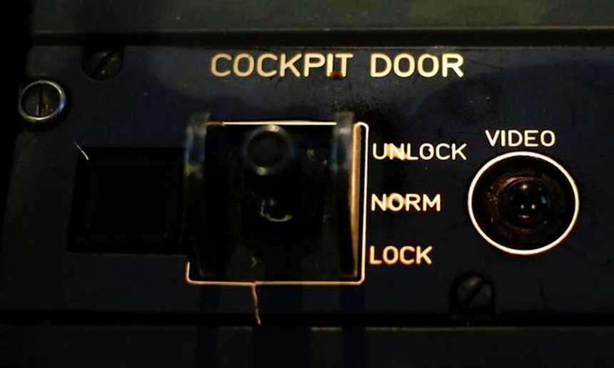 Los controles de seguridad de la cabina de los aviones son estrictos desde el 11S