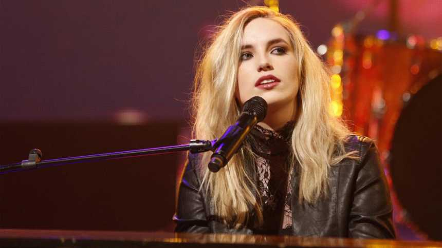 """Eurovisión 2015 - Irlanda: Videoclip de Molly Sterling - """"Playing With Numbers"""""""