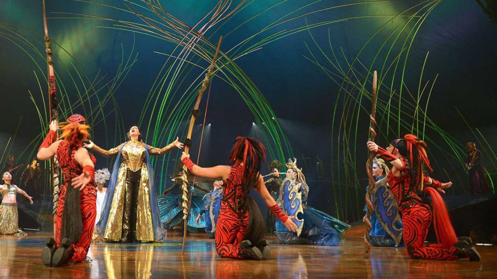 El circo del sol regresa con las mujeres al poder for Ultimos chimentos del espectaculo