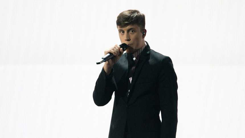 "Eurovisión 2015 - Semifinal 1 - Bélgica: Loïc Notett canta ""Rhythm inside"""