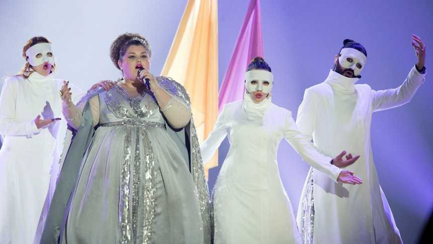 """Eurovisión 2015 - Semifinal 1 - Serbia: Bojana Stamenov canta """"Beauty never lies"""""""