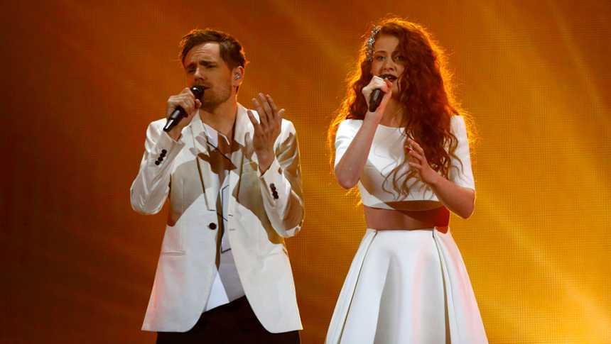 Eurovisión 2015 - Noruega: Mørland & Debrah Scarlett cantan 'A Monster Like Me'