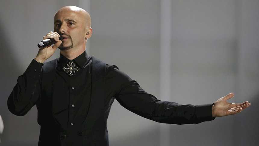 """Eurovisión 2015 - Rumanía: Voltaj canta """"De la capat"""""""