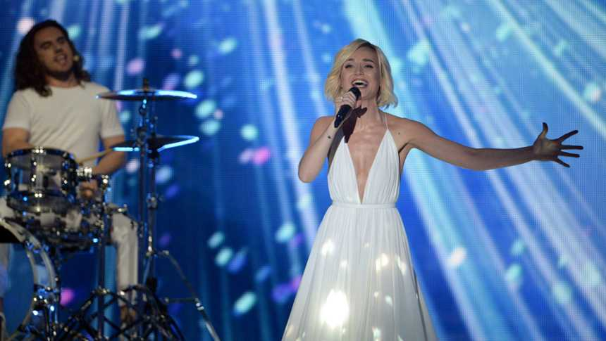 "Eurovisión 2015 - Rusia: Polina Gagarina canta ""A million voices"""