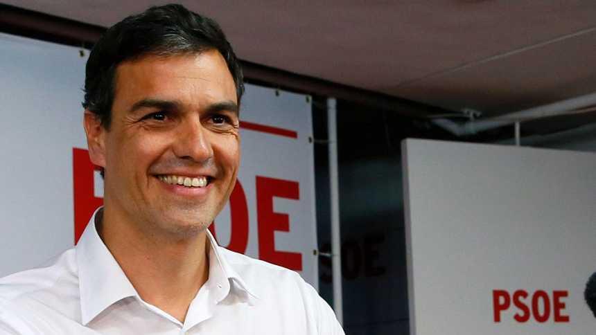 """Sánchez, dispuesto a """"liderar el cambio"""", anuncia el """"principio del fin de Rajoy"""""""