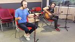 """Las mañanas de RNE - Abel Pintos interpreta """"Aquí te espero"""" en acústico"""