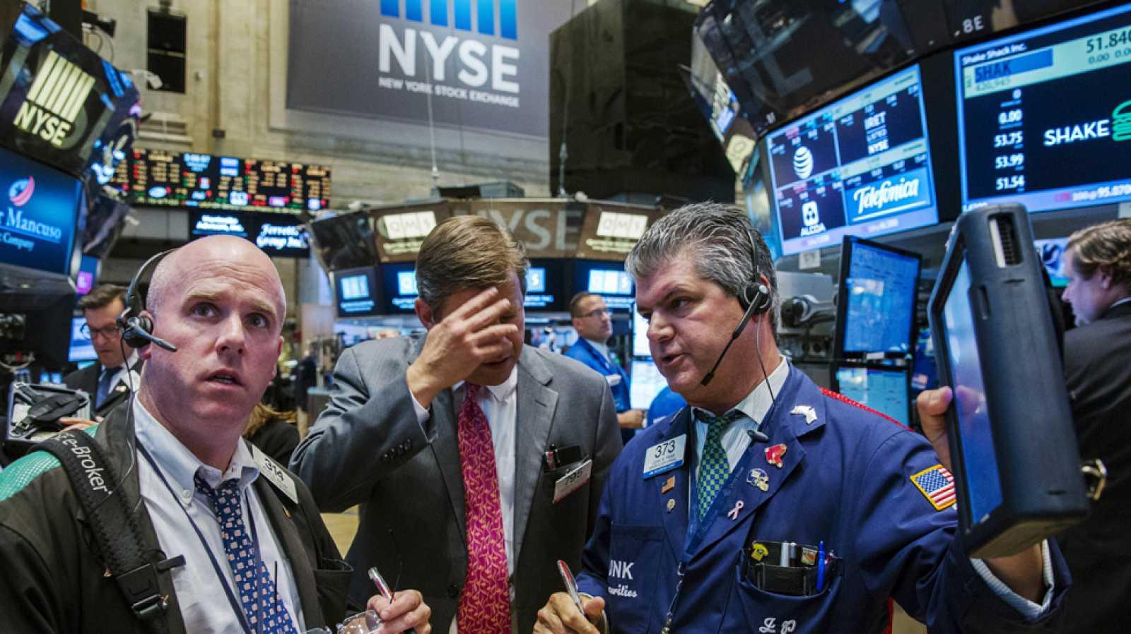 Wall Street reanuda su cotización tras un fallo informático - RTVE.es