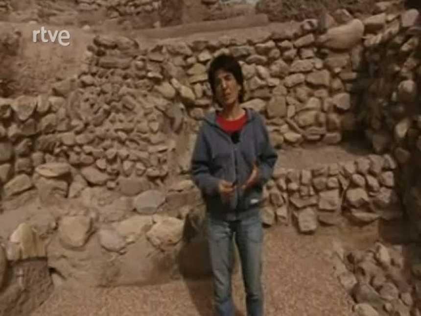 """La Aventura del Saber. Serie documental """"El túnel del tiempo"""". La Bastida II"""