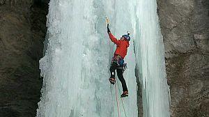 Una noche con Calipso': escalada en cascadas de hielo (1)