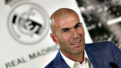 Zinédine Zidane, miembro del equipo de los 'Galácticos' del Real  Madrid de principios del siglo XXI y héroe de la consecución de la  'Novena' Copa de Europa de club, es el elegido para liderar un nuevo  proyecto del equipo madridista en busca de rec
