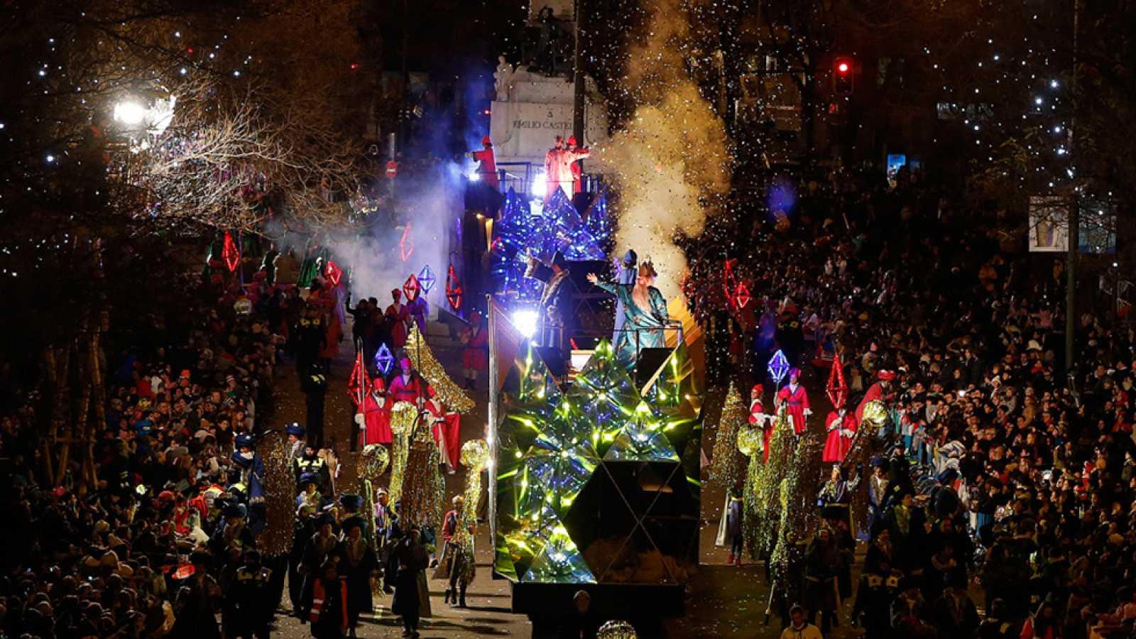 Ver Fotos De Los Reyes Magos De Oriente.Los Reyes Magos Estan Preparados Para Llenar Las Casas De Juguetes E Ilusion