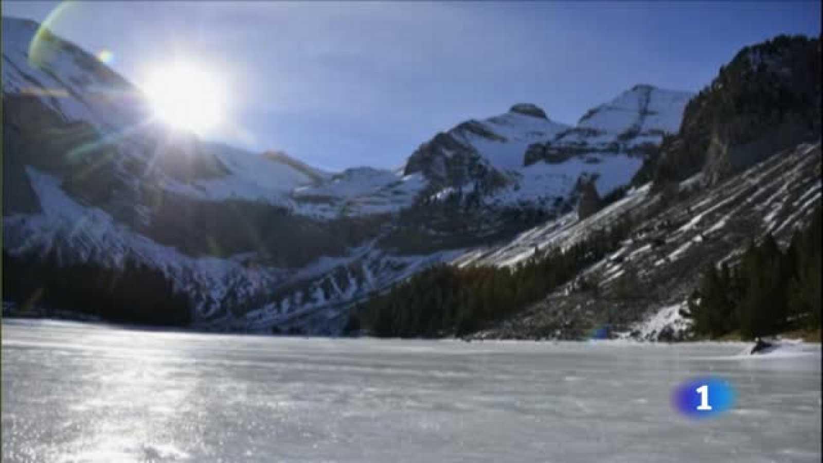 Una pista de patinaje natural en el Pirineo aragonés - RTVE.es