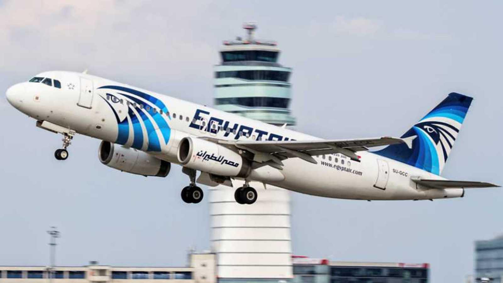 Canarias encabeza el crecimiento del tráfico de aviones