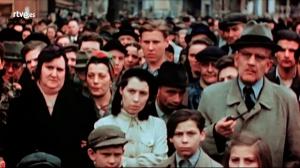 Documenta 2 - Así comienza el capítulo 2 del documental 'En busca del pueblo de Hitler: Alemania 45'