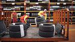 Trabajo Temporal - Santi Rodriguez carga neumáticos