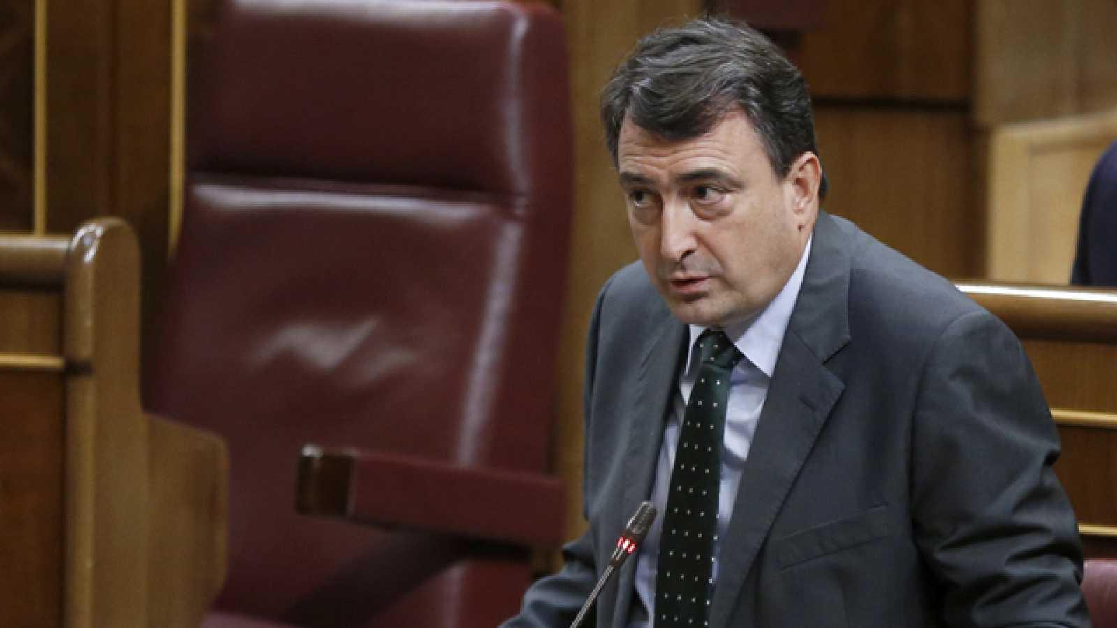 [PSOE] Proposiciónde Ley de Derogación del Real Decreto-Ley 3/2012, de 10 de febrero, de medidas urgentes para la reforma del mercado laboral. 3707538?w=1600&preview=1472654335145