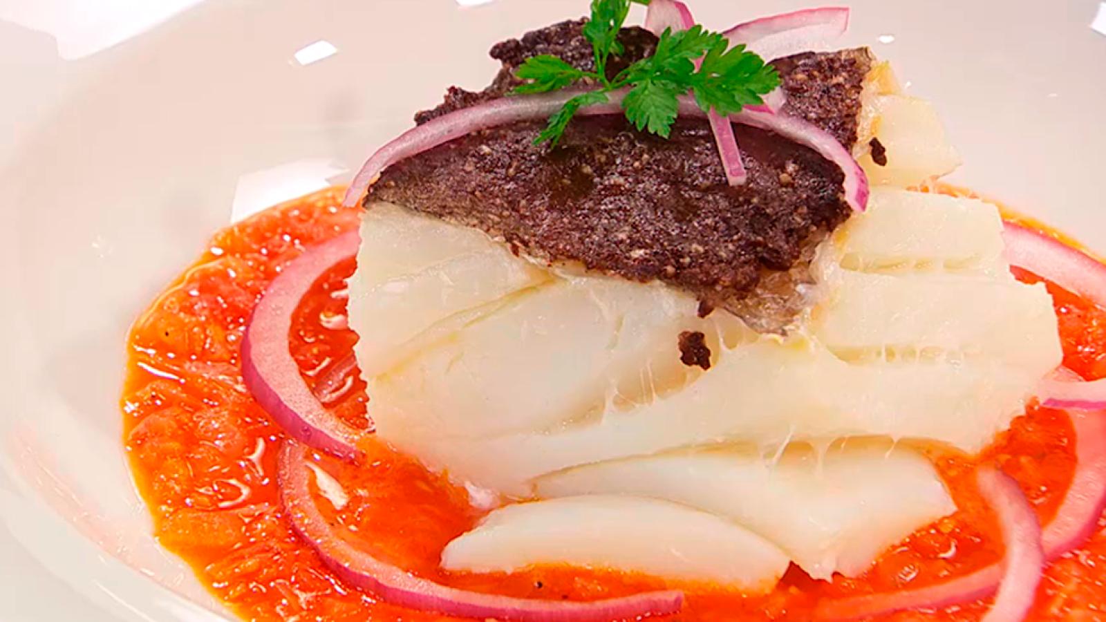 Receta de bacalao con olivada torres en la cocina for Como cocinar lomos de bacalao