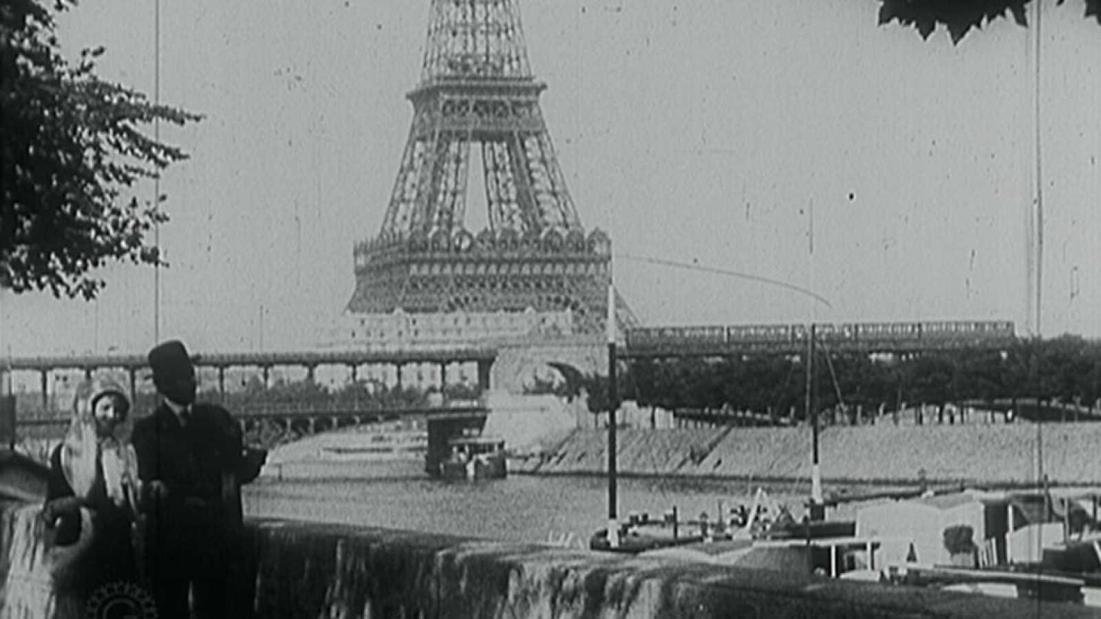 Documenta 2 as empieza la verdadera historia de la for Creador de la torre eiffel