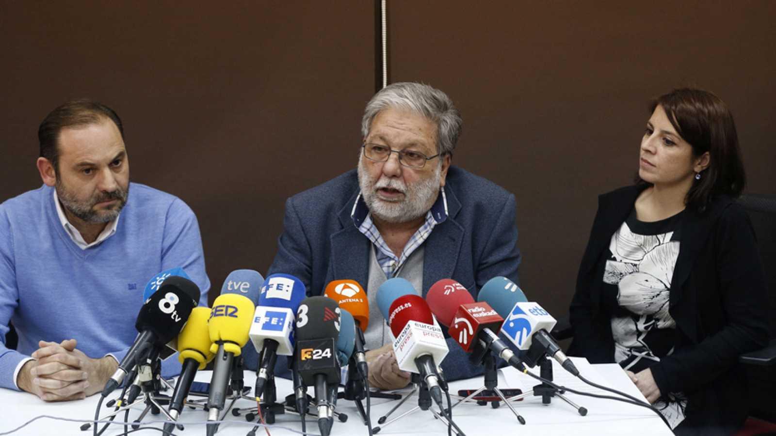 Para todos los públicos Los afines a Pedro Sánchez se reúnen en Madrid para  pedirle que se presente a las reproducir video ced753145e1