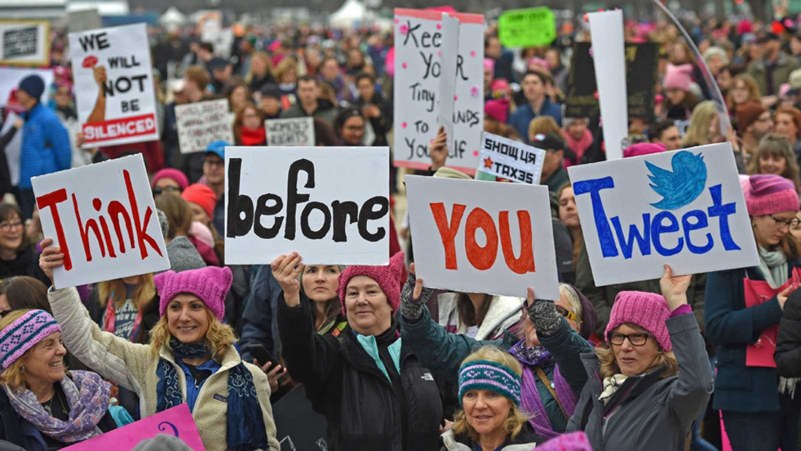 "Multitudinaria ""Marcha de las Mujeres"" en Washington contra Trump"