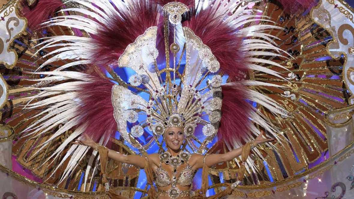 Resultado de imagen de reina carnaval las palmas 2017
