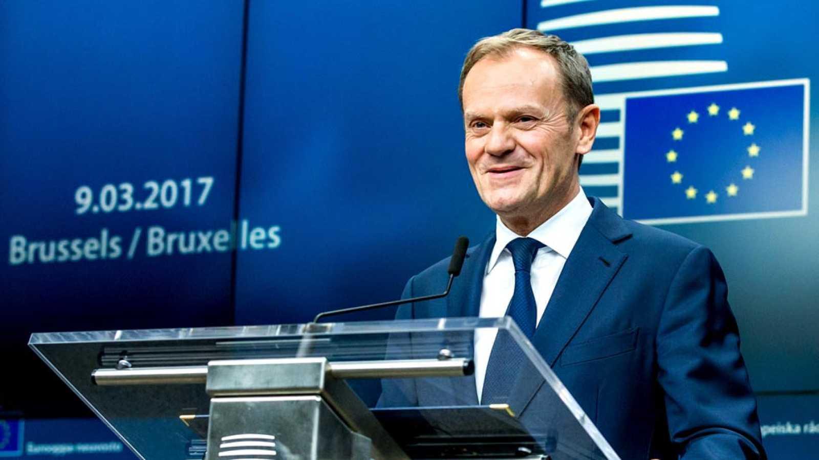 Donald tusk es reelegido como presidente del consejo for Presidente del consejo europeo