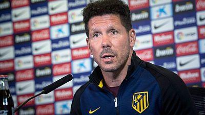 """El entrenador del Atlético de Madrid, Diego Pablo Simeone, ha llamado a la afición atlética a acudir al partido contra Osasuna de este sábado para luchar """"como uno más""""."""