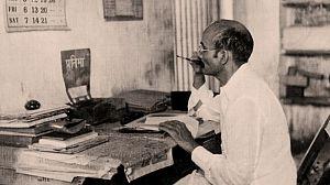 ¿Quién mató a Gandhi?: Episodio 2