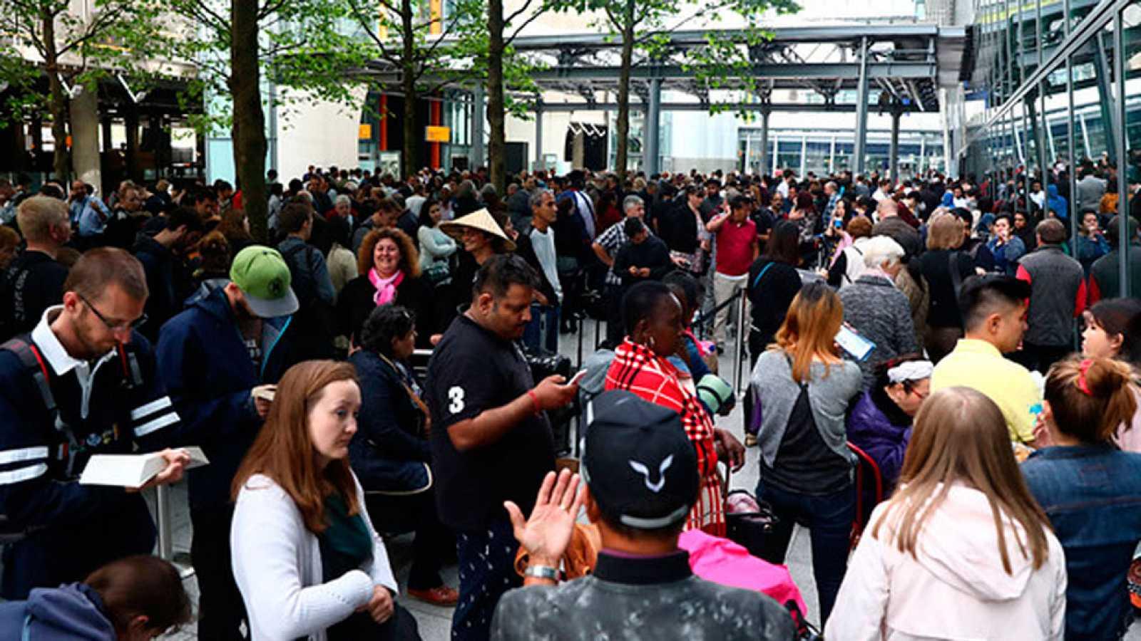 British Airways reanuda parte del servicio entre quejas por retrasos ...