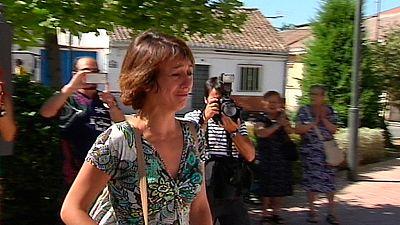 Finaliza el plazo para que Juana Rivas, una madre de Granada, entregue a sus dos hijos al padre, condenado por maltrato en 2009