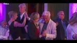 Hotel Romántico - Las parejas realizan el penúltimo baile del programa