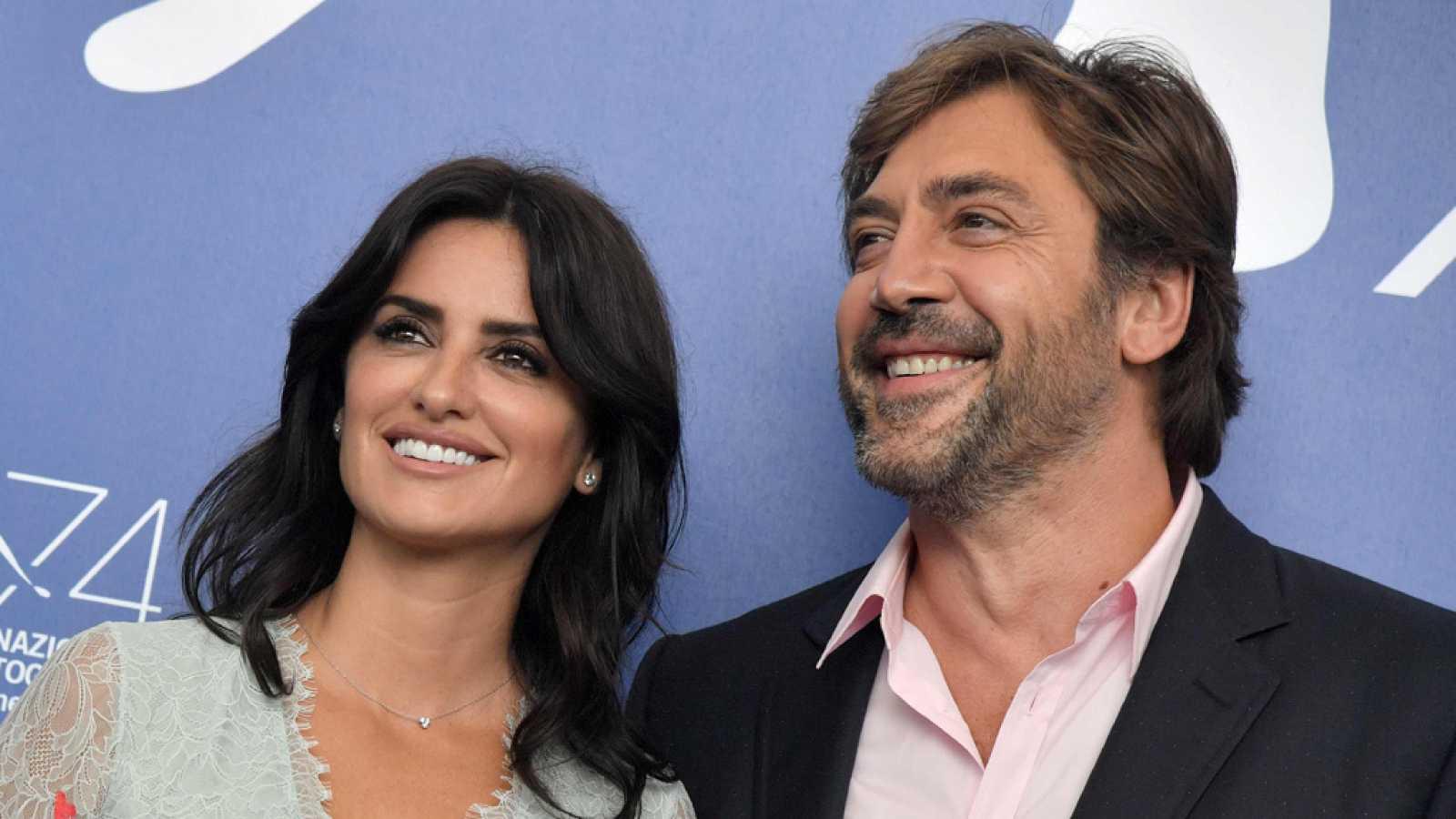 Javier Bardem Y Penélope Cruz Presentan 'Loving Escobar