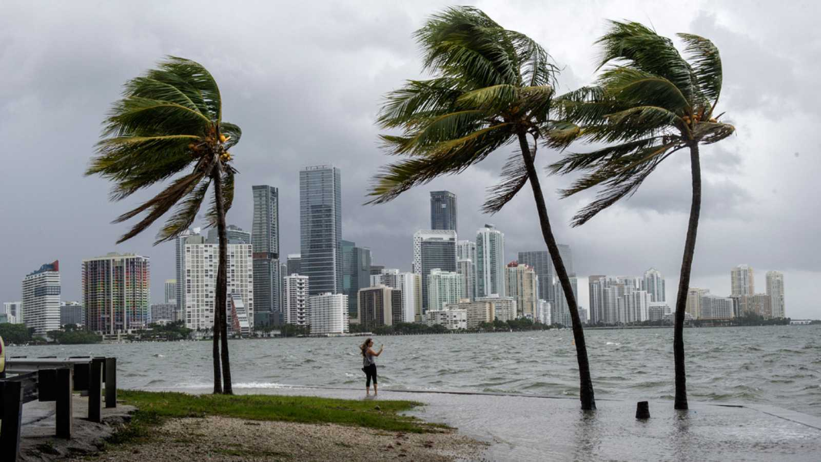 Resultado de imagen para miami huracan