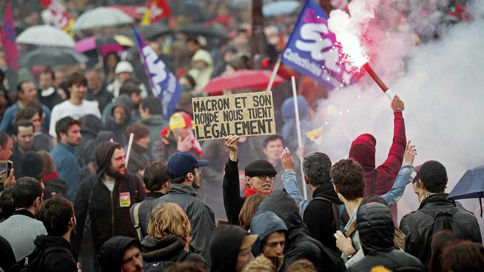 Resultado de imagen de movilizaciones obreras en paris