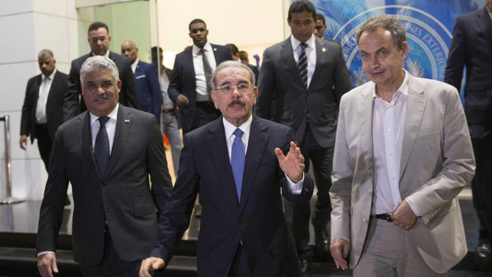 Chavistas y opositores venezolanos se reúnen en Santo Domingo con la mediación de Zapatero
