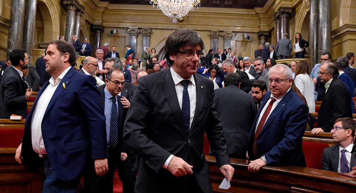 Una jornada intensa en Cataluña que termina con la decisión de Puigdemont de descartar las elecciones