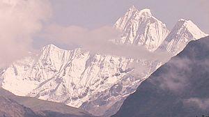 Tierras extremas: El Himalaya, la vida al borde del abismo