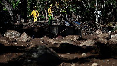 Los aludes de barro matan a una quincena de personas en California