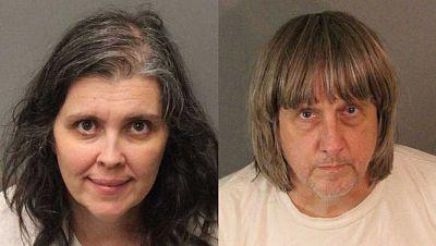 Detienen a una pareja por retener a sus 13 hijos malnutridos y encandenados en una casa en California