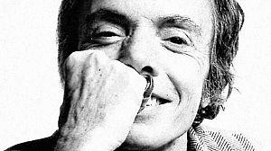 Manuel Pertegaz, el hombre que vistió a los cisnes