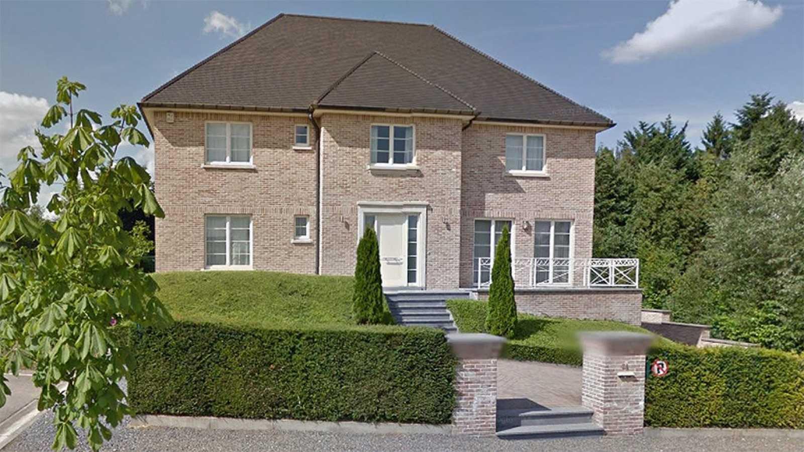 Puigdemont alquila una casa en waterloo b lgica por 4 - Casas en tavernes de la valldigna ...