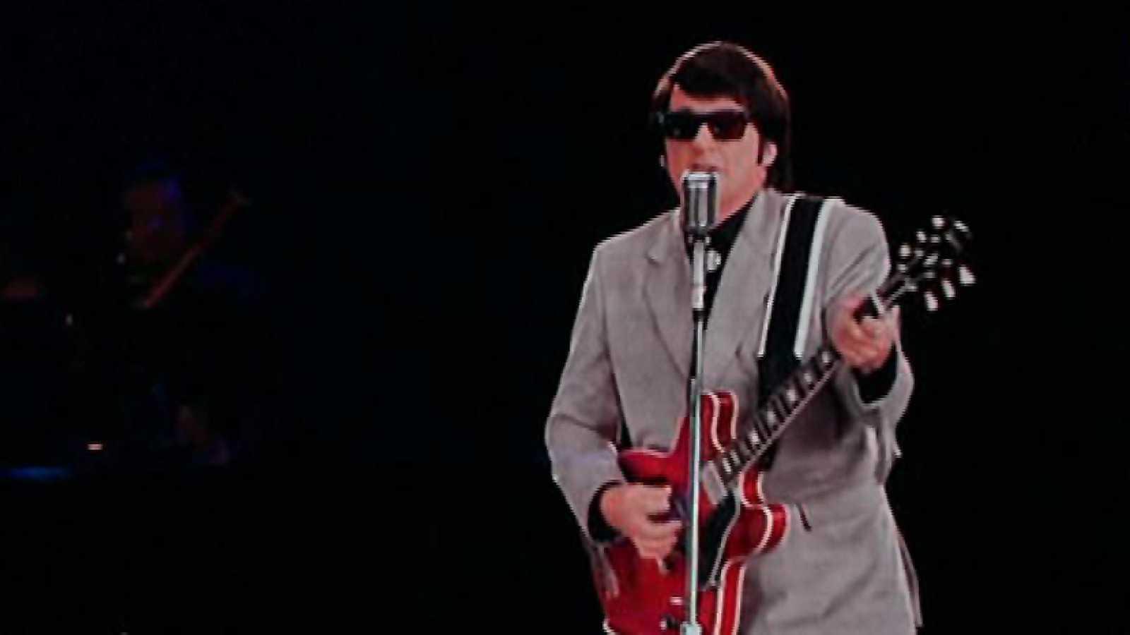 El Cantante Roy Orbison Sale De Gira En Forma De Holograma