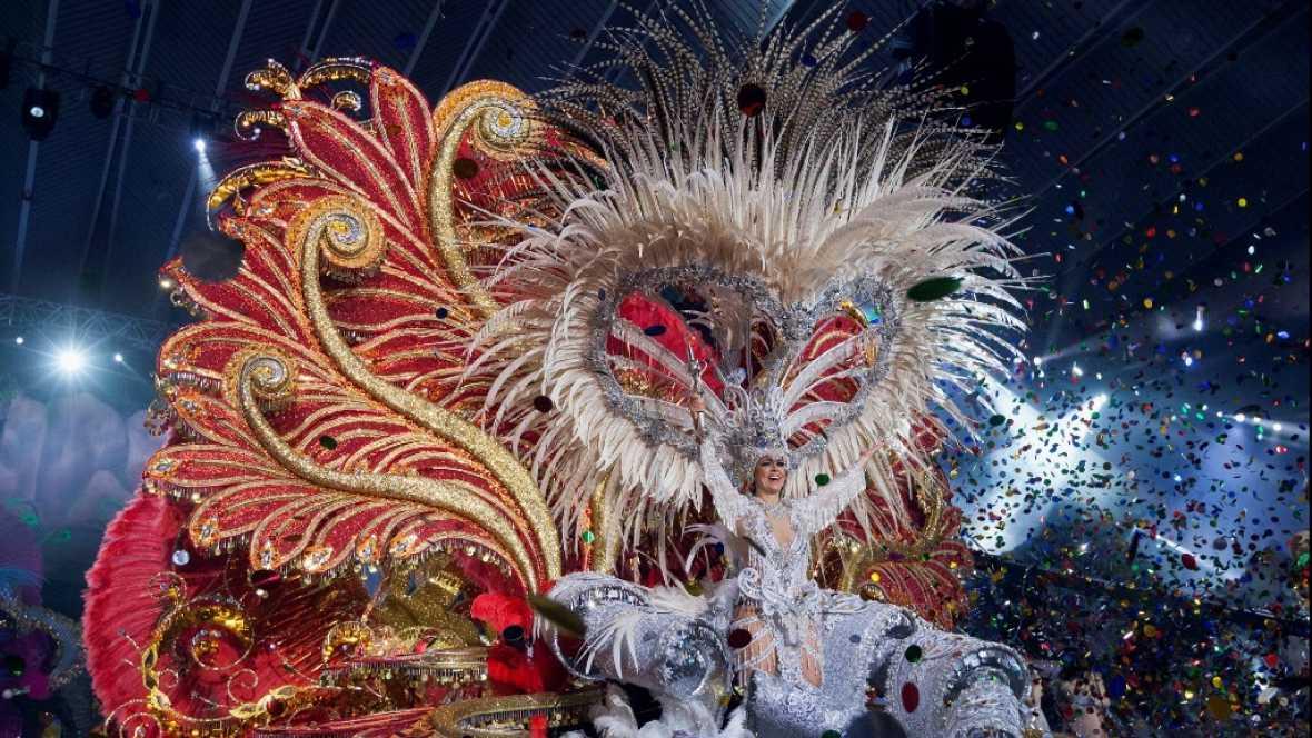 Resultado de imagen de gala reina carnaval santa cruz tenerife