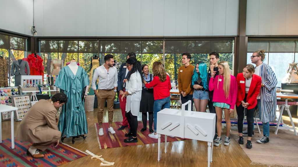 Maestros de la Costura - Programa 1 Completo - RTVE.es