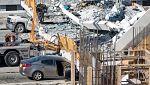 Cuatro muertos al derrumbarse un puente recién construido sobre una autopista en Miami