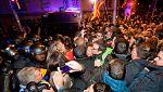 Los Mossos cargan contra los manifestantes que protestaban frente a la Delegación del Gobierno