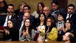 Largo aplauso a los familiares de los políticos encarcelados
